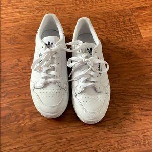 Adidas continental sneaker
